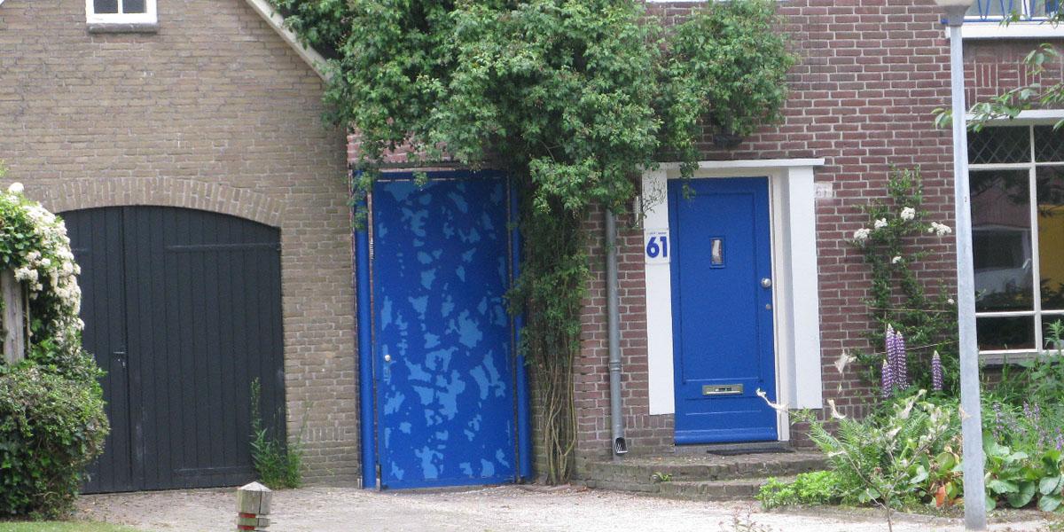 poort blauw alminium